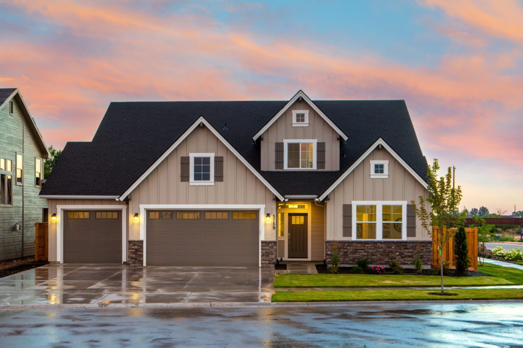 Buy a Foreclosed Home and Make Money